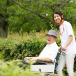 看護師が有料老人ホームで働く日勤・夜勤の流れ